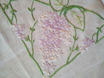 Charming Lilac Garland Circle & Corners ~ Vintage Hand Embroidered Tablecloth