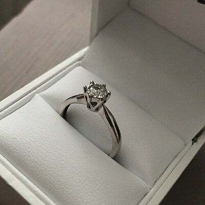 Engagement Ring. Diamond 18ct White Gold Size k 1/2
