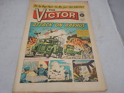 THE VICTOR COMIC No 239 ~ Sept 18th 1965 ~ Attack On Aarhus