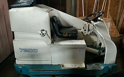 """Tennant 7200 36"""" Industrial Rider Riding Floor Scrubber Lowest Price Anywhere"""