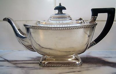 Art Deco Hecworth Reproduction Old Sheffield Silver Plate Tea/ Coffee Pot
