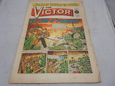 """THE VICTOR COMIC No 244 ~ Oct 23rd 1965 ~ V.C. For A """"Poacher"""""""
