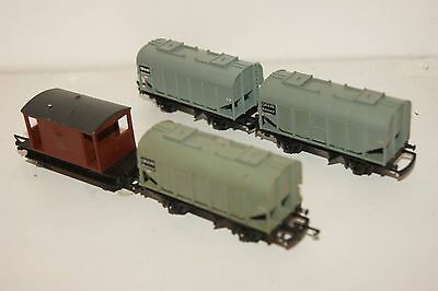 TT gauge 3mm GOOD/EXCELLENT 4x Triang Wagon Bulk Grain and Brakevan