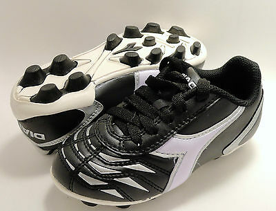 New Diadora Capitano MD JR soccer cleats shoes Size 5  Black and White