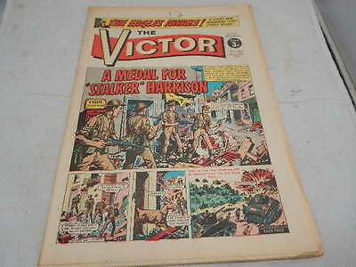 """THE VICTOR COMIC No 586 ~ May 13th 1972 ~ A Medal For """"Stalker"""" Harrison"""