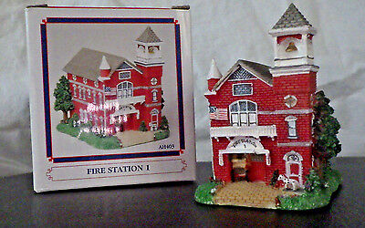 "Hard Find Liberty Fall ""fire Station #1"" Ah403 Christmas West Snow Village Figur"