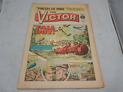THE VICTOR COMIC No 532 ~ May 1st 1971 ~ Fall Out!