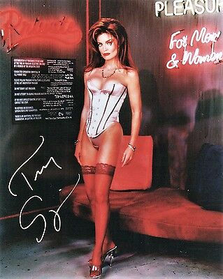 OFFICIAL WEBSITE Tracy Scoggins Sexy Glamour Babylon 5 Actress 8x10 AUTOGRAPHED