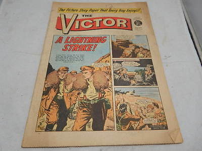 THE VICTOR COMIC No 554 ~ Oct 2nd 1971 ~ A Lightning Strike!