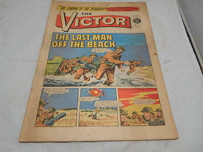 THE VICTOR COMIC No 555 ~ Oct 9th 1971 ~ The Last Man Off The Beach