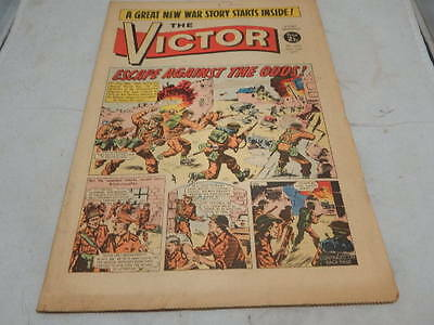 THE VICTOR COMIC No 556 ~ Oct 16th 1971 ~ Escape Against The Odds!
