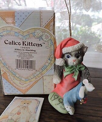 Enesco Calico Kittens KITTEN IN STOCKING 1995 Dated Hanging Ornament 144304 NEW