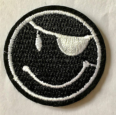 Piraten Smiley Aufnäher / Aufbügler patch Smile Smilie Bügelbild Kinder biker