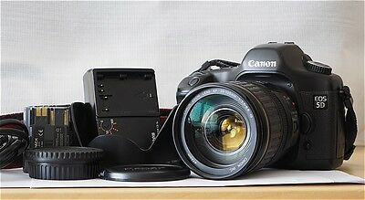 Canon EOS 5D 12,8 Mpx + Canon EF 28-135 mm f:3,5-5,6 IS