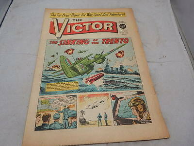 THE VICTOR COMIC No 272 ~ May 7th 1966 ~ The Sinking Of The Trento