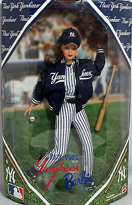 1999 New York Yankees Barbie  Collectors Edition Doll  Mattel  #23881-
