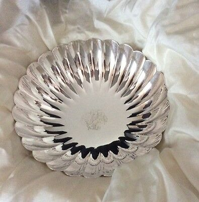 Japanese Sterling Silver 950 2 Fluted Beautiful Bowls from 1930 with provenance