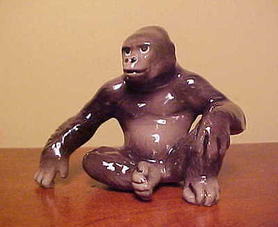 Hagen-Renaker Mini #3015 GORILLA - Ceramic Miniatures Line Figurine, but LARGE!