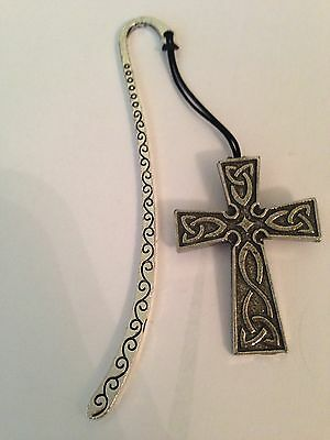 Celtic Interlaced Cross ICP Pattern bookmark with cord 3D English pewter charm