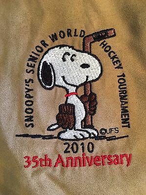 Vintage Snoopy Senior World Hockey  Tournament  Mens Jacket SIZE LARGE