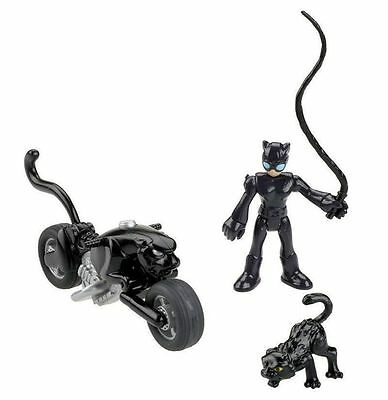 Kids Hero Villain Catwoman Transforming Chase Mode Cycle Collectors Toy Figure