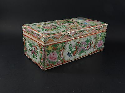 Antique Chinese Export Porcelain Rose Canton Rose Medallion Covered Brush Box