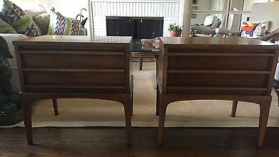 Vintage Pair Lane Mid Century Modern Walnut Nightstands Bedside End Tables