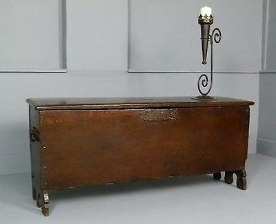17th Century Oak Rapier Boarded Coffer / Chest