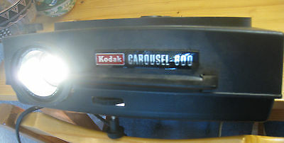 Vintage Kodak Carousel 600 Slide Projector with original manual