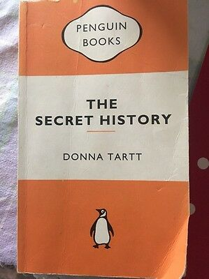essay the secret history by donna The secret history donna tartt, author alfred a knopf inc $2795 (544p) isbn 978-0-679-41032-4 more by and about this author other books secret history the.