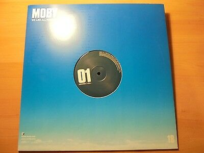 "MOBY 12 "" Promo Maxi WE ARE ALL MADE OF STARS 2 tracks 2002 / 17"
