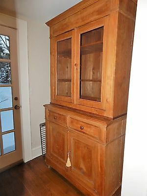 Antique Belgian Pine buffet