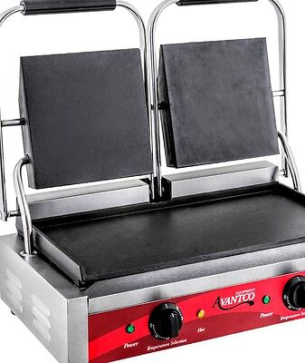 New Avantco Double 8 inch x 8 inch Smooth Top & Bottom Commercial Panini Grill