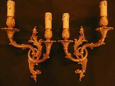 LARGE PAIR OF SCONCES, ROCOCO STYLE - BRONZE - FRENCH ANTIQUE - 14,97 in / 38 cm