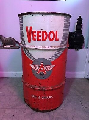 Vintage Veedol Flying A Tidewater Oil Co Oils & Grease 16 Gallons Can