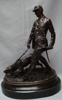 Statue Chien Chasse Animalier Valet Style Art Deco Bronze massif Signe