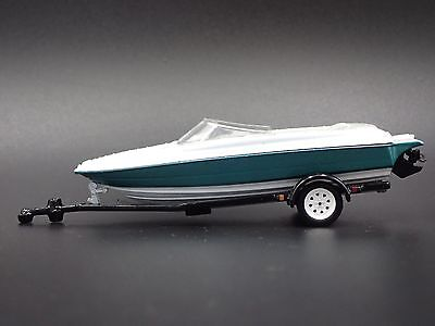 Speed Boat On Trailer And Cover 1/64 Diecast Diorama Collectible Model Boat