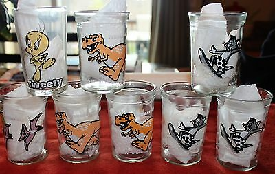 Vintage Welch's Jelly Jar Glasses and A Tweety 1976 Collectible Glass Lot of 8