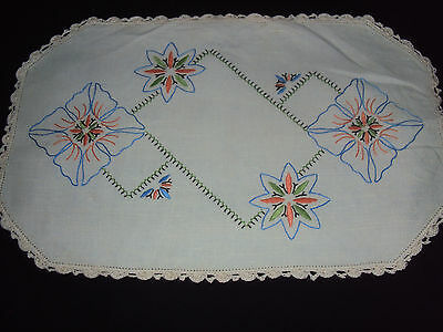 Vintage Embroidered Linen & Crochet  Rectangle Doily - 43Cm X 28Cm - No Flaws
