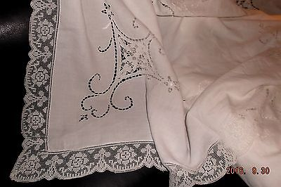 "Vintage Italian Point de Venise linen tablecloth~72""x82"" Exquisite!"