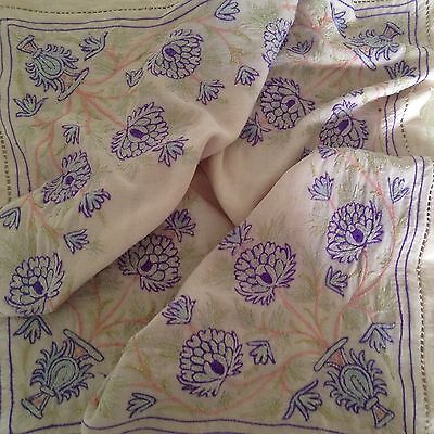 Hand Embroidered Beautiful Vintage Small Tablecloth• Irish Linen?•