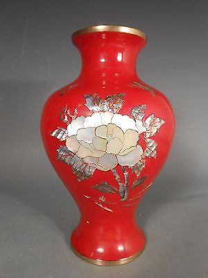 Korea Korean red Lacquer Vase w/ Mother of Pearl Decoration ca. 20th century