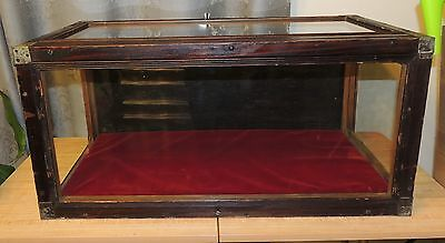 General Store Wood/Wavy Glass Table Top Display Case