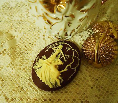 ~Vintage Cameo~30X40mm~Molded Button~ The Huntress~Cream over Brown~ Cool!