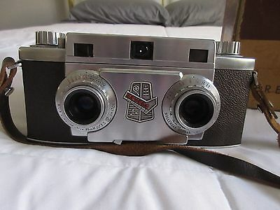 Vintage 1950's Revere Stereo 33 Camera With Original Box and Leather Strap