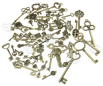 70pcs Old Fashion Keys Antique Vintage Bronze Pendants Decor Gift
