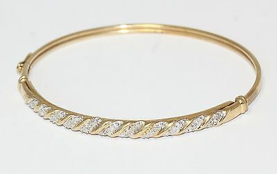 9ct Yellow Gold 0.10 Carat Diamond Bracelet Bangle Width 6cm