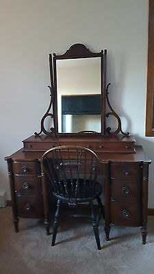 Beautiful Antique Vanity Dressing Table w/ Mirror - Great Buy!