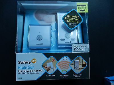 Safety 1st High Def Digital Audio Baby Monitor DECT 6.0 1000+ Foot Range 08024