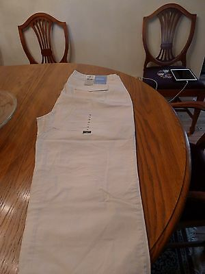 Women's Dockers Stretch Cropped pants Size 16 Brand New